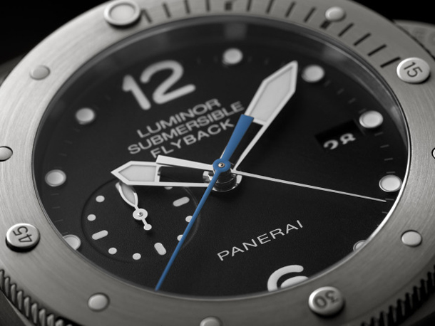 Panerai-PAM-614-Luminor-Submersible-Flyback-Titanio-dial-detail