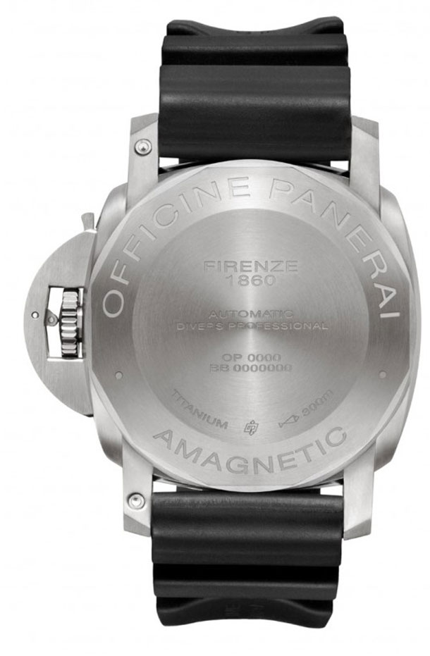 Panerai-PAM389-Luminor-Submersible-Amagnetic-Caseback