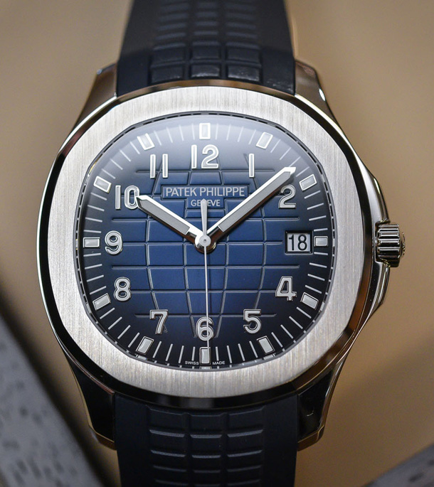 Patek-Philippe-Aquanaut-Jumbo-5168G-blue-dial-white-gold-42mm-baselworld-2017-5