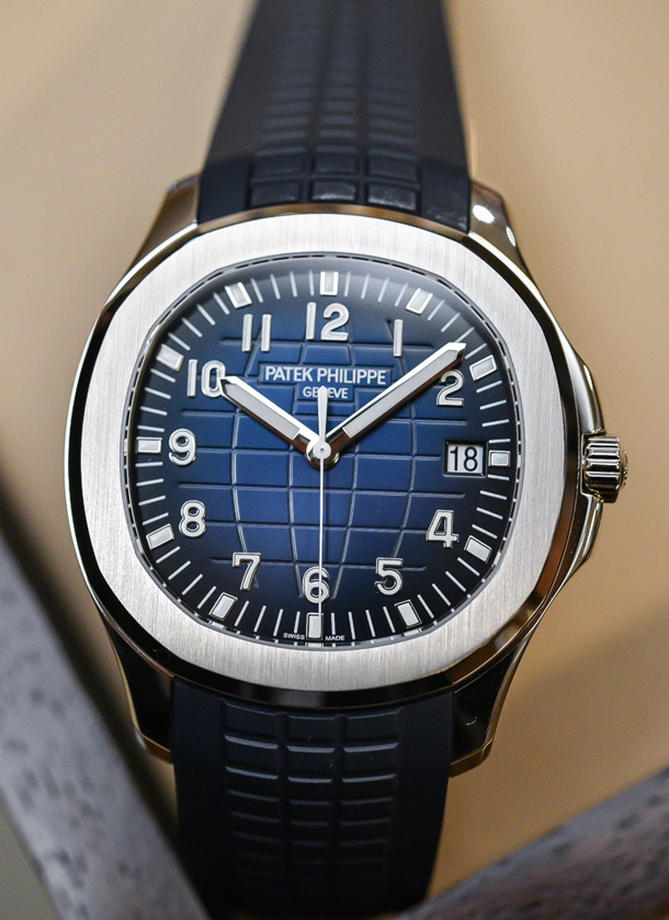 Patek-Philippe-Aquanaut-Jumbo-5168G-blue-dial-white-gold-42mm-baselworld-2017-6