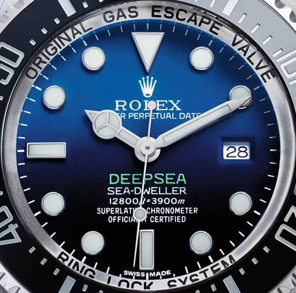 http://luxwatch.ua/other_pictures/News/Rolex/18.09.14/Rolex-Deepsea-Sea-Dweller-D-blue-Dial-12