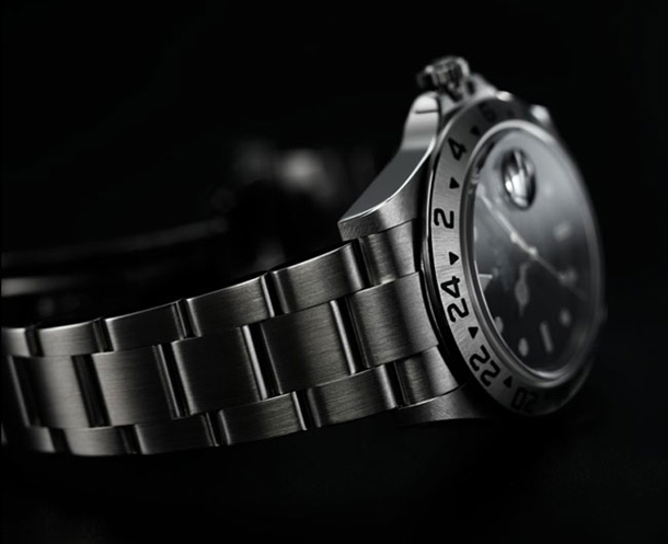 Rolex-at-200-Megapixels-by-Jonathan-Beer-Gear-Patrol