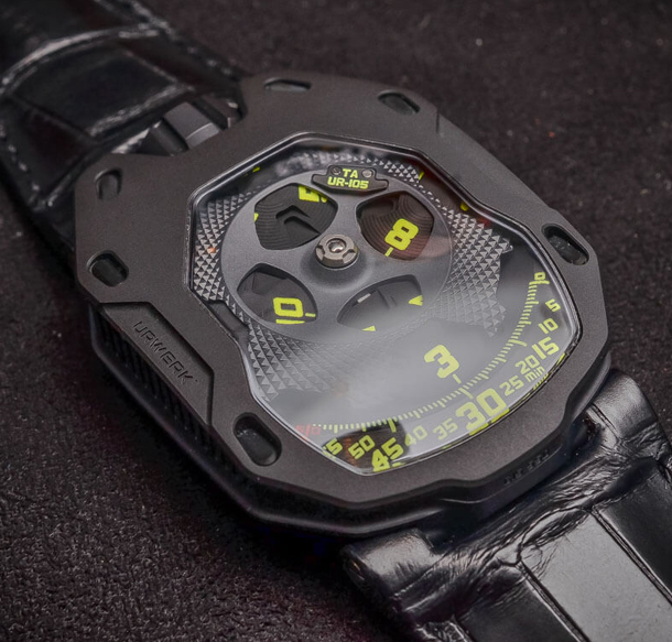 URWERK-UR-105-TA-automatic-Knight