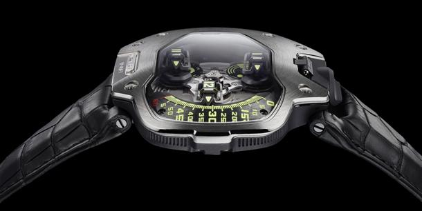 urwerk-ur-110-pt-watch-side