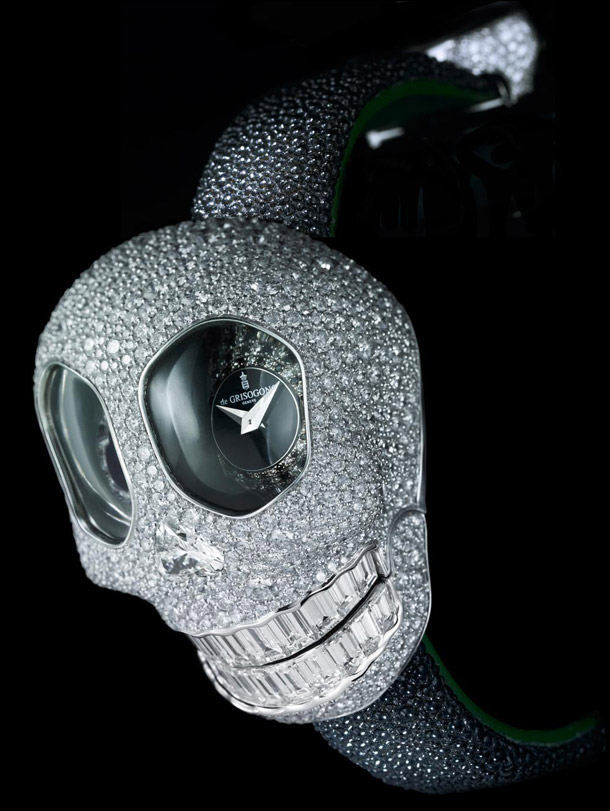 de_grisogono_crazy_skull_s02_watch_side_view